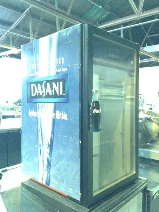beverage display cooler