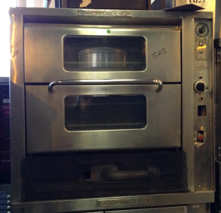 montague gas convection oven