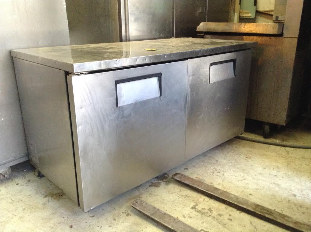 two door refrigerator w/prep space