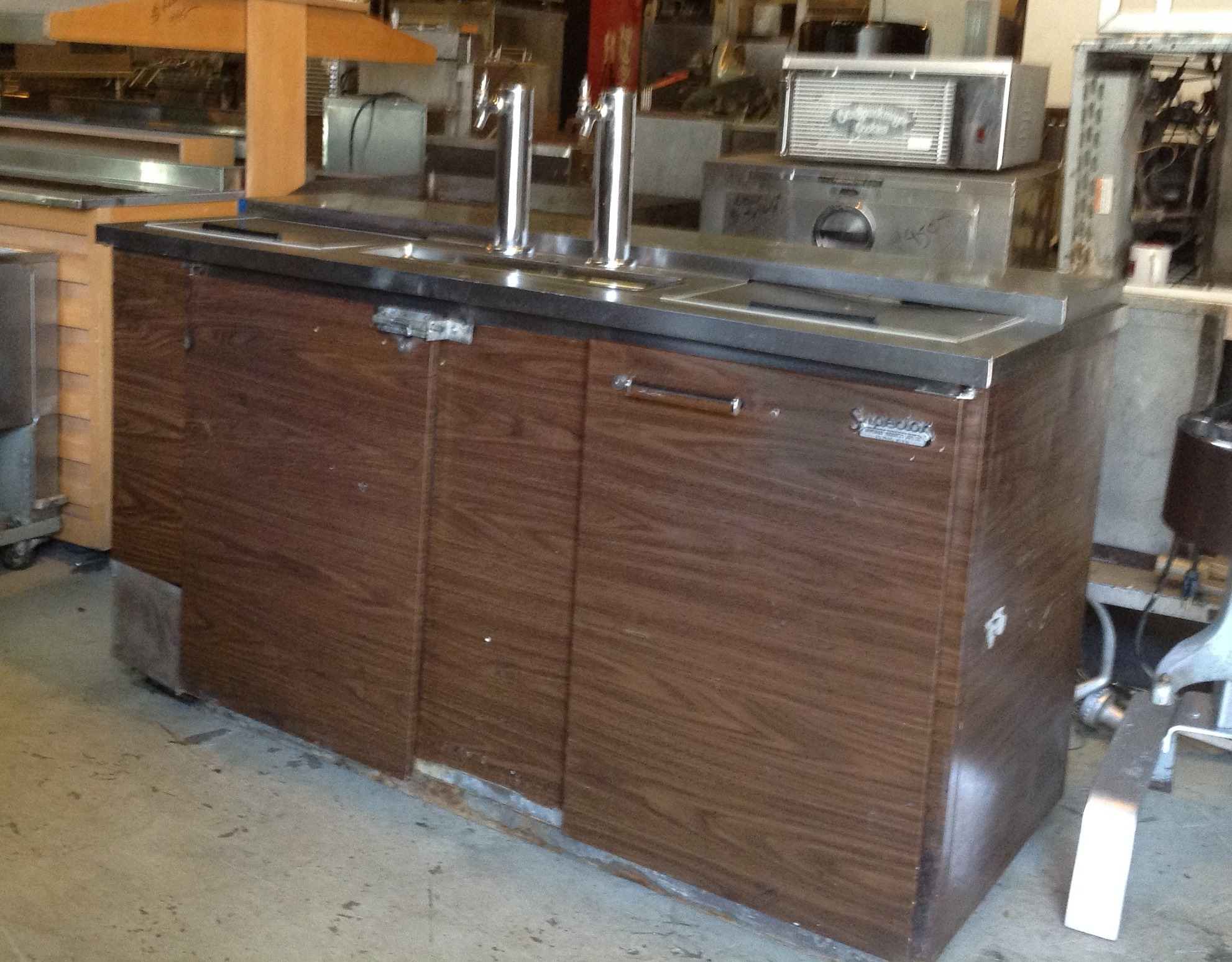 Superior Kegerator w/Wood Grain